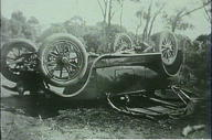 Overturned car, Bulgola Road, Newport, March, 1922